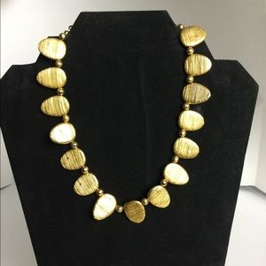 Jewelry - Gold tooth shaped necklace